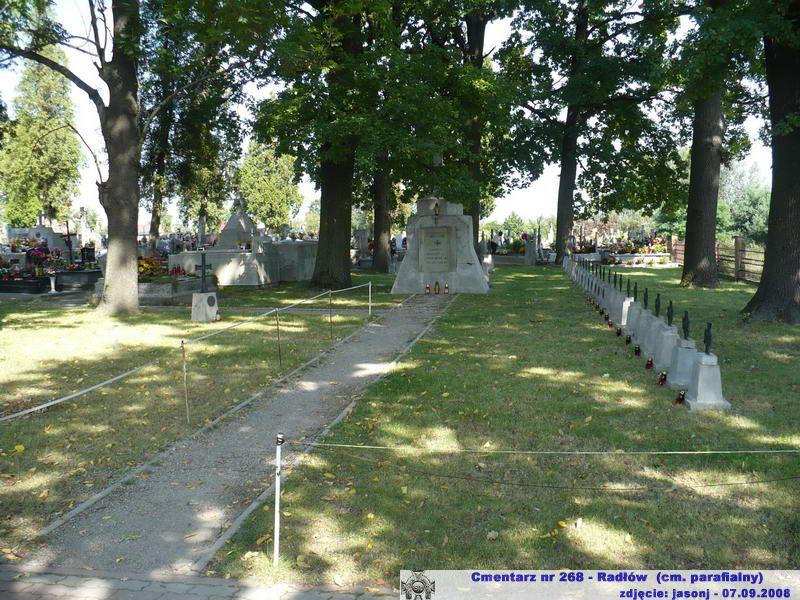 Cmentarz wojenny z I wojny nr 268 - Radłów (cm. parafialny)