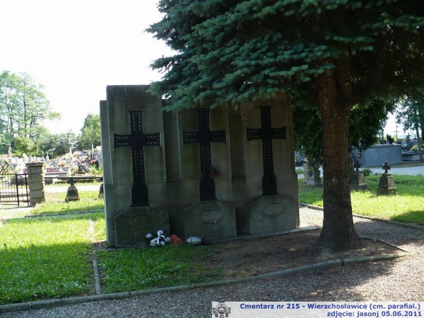 Cmentarz wojenny z I wojny nr 215 - Wierzchosławice (cm. parafialny)