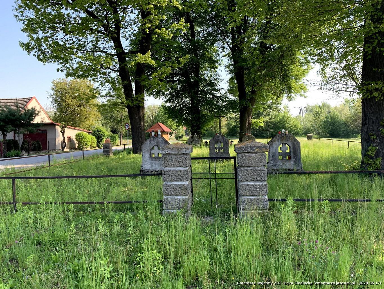 Cmentarz wojenny 210 - Łęka Siedlecka